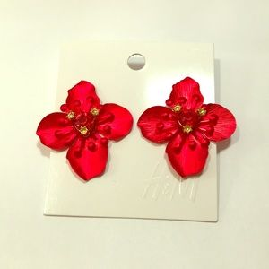 H&M 4 petals red orchid earrings